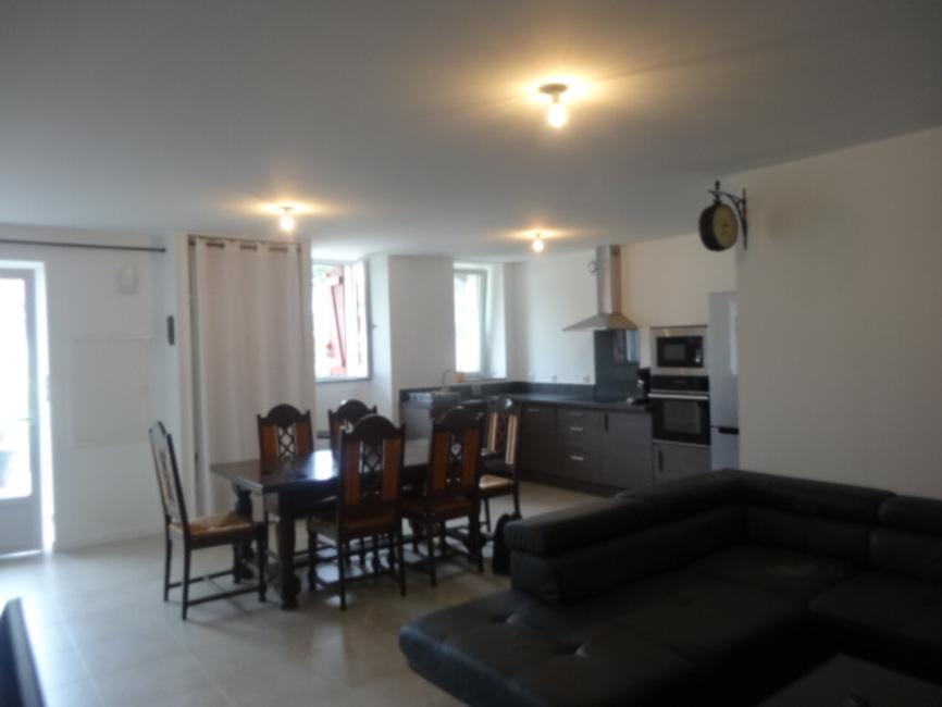 Location Appartement 3 pièces 73m² Hasparren (64240) - photo