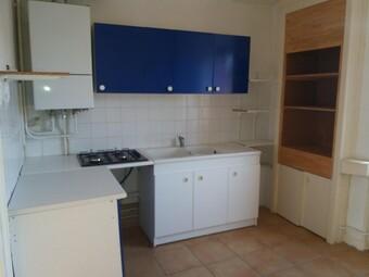 Location Appartement 52m² Amplepuis (69550) - photo 2