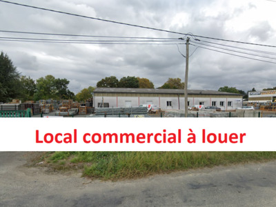 Location Local commercial 5 500m² Lons (64140) - Photo 1