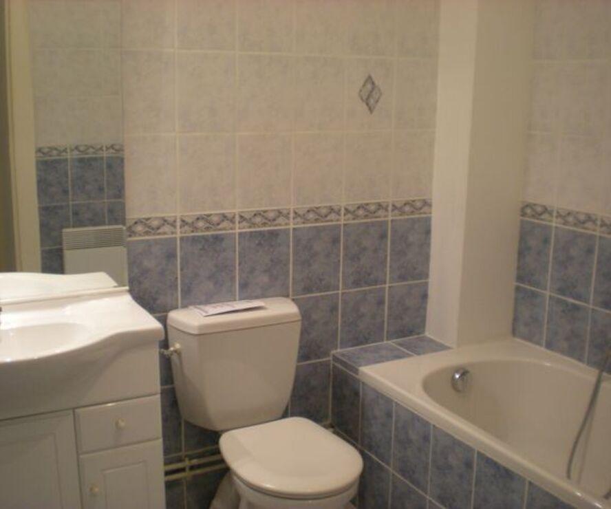 Location Maison 5 pièces 117m² Breuilpont (27640) - photo
