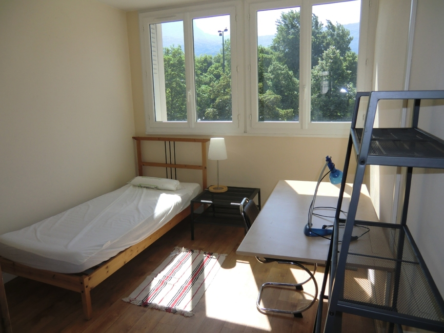 Location Appartement 5 pièces 82m² Grenoble (38000) - photo