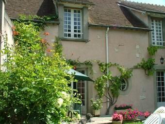Sale House 4 rooms 110m² Nogent-le-Roi (28210) - photo
