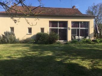 Vente Maison 6 pièces 211m² La Ferrière-en-Parthenay (79390) - Photo 1