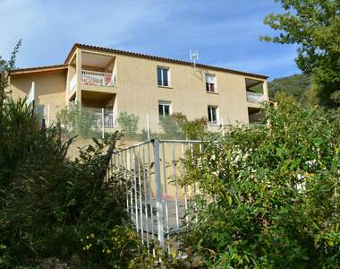Location Appartement 1 pièce 45m² Vallon-Pont-d'Arc (07150) - photo