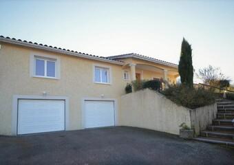 Vente Maison 7 pièces 270m² Amplepuis (69550) - photo 2