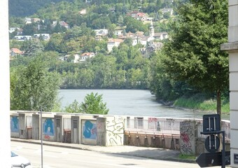 Renting Apartment 3 rooms 67m² Grenoble (38000) - photo