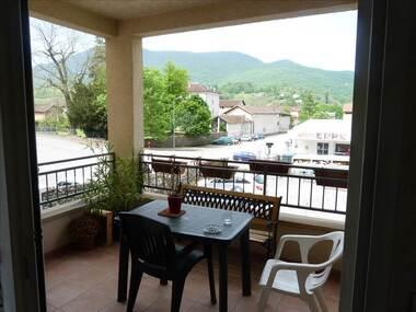 Location Appartement 3 pièces 72m² Saint-Jean-en-Royans (26190) - photo