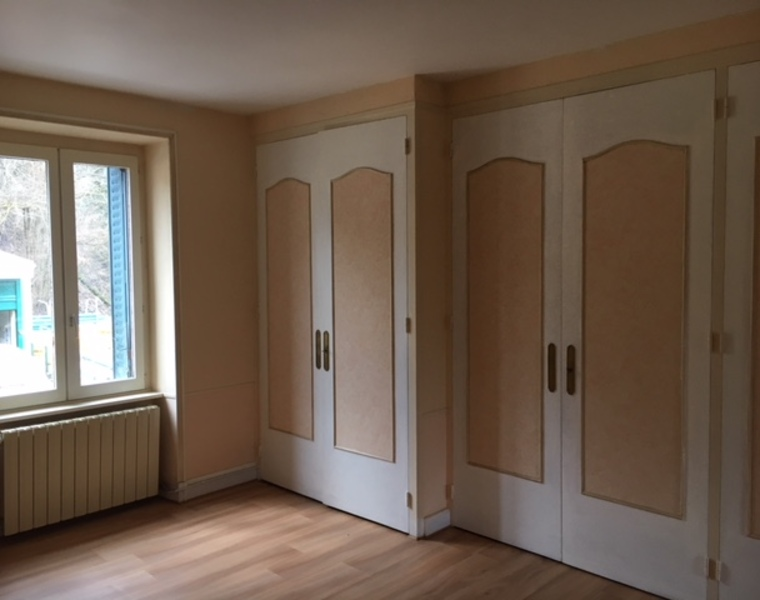 Location Appartement 75m² Amplepuis (69550) - photo