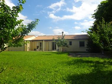 Vente Maison 4 pièces 109m² Sauzet (26740) - photo