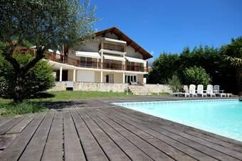 Sale House 6 rooms 168m² Saint-Ismier (38330) - photo