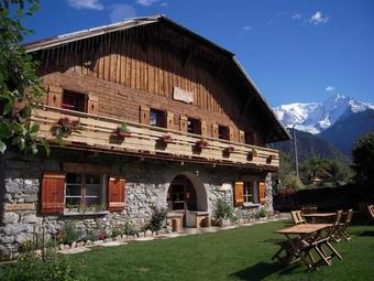 Vente Maison / chalet 10 pièces 590m² Saint-Gervais-les-Bains (74170) - Photo 1