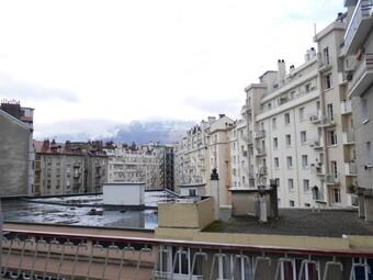 Vente Appartement 1 pièce 41m² Grenoble (38000) - photo 2