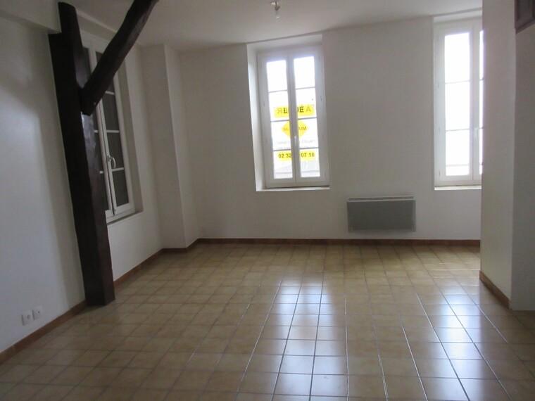 Location Appartement 1 pièce 41m² Saint-Aquilin-de-Pacy (27120) - photo