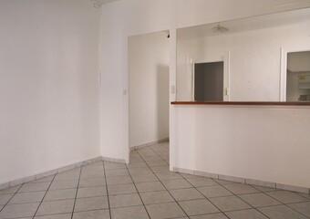 Vente Maison 4 pièces 102m² Saint-Étienne-de-Saint-Geoirs (38590) - Photo 1
