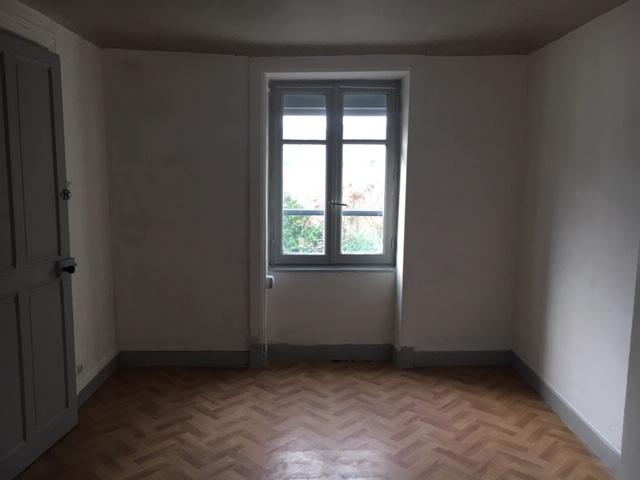 Location Appartement 3 pièces 53m² Cours-la-Ville (69470) - photo