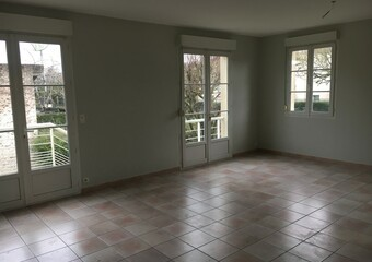 Renting House 5 rooms 121m² Rambouillet (78120) - Photo 1