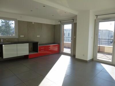 Location Appartement 4 pièces 83m² Lorette (42420) - Photo 2