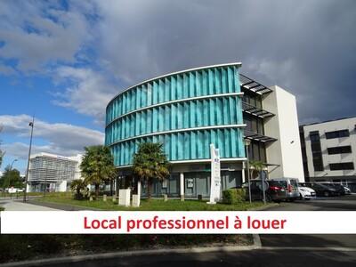 Location Bureaux 93m² Pau (64000) - Photo 1