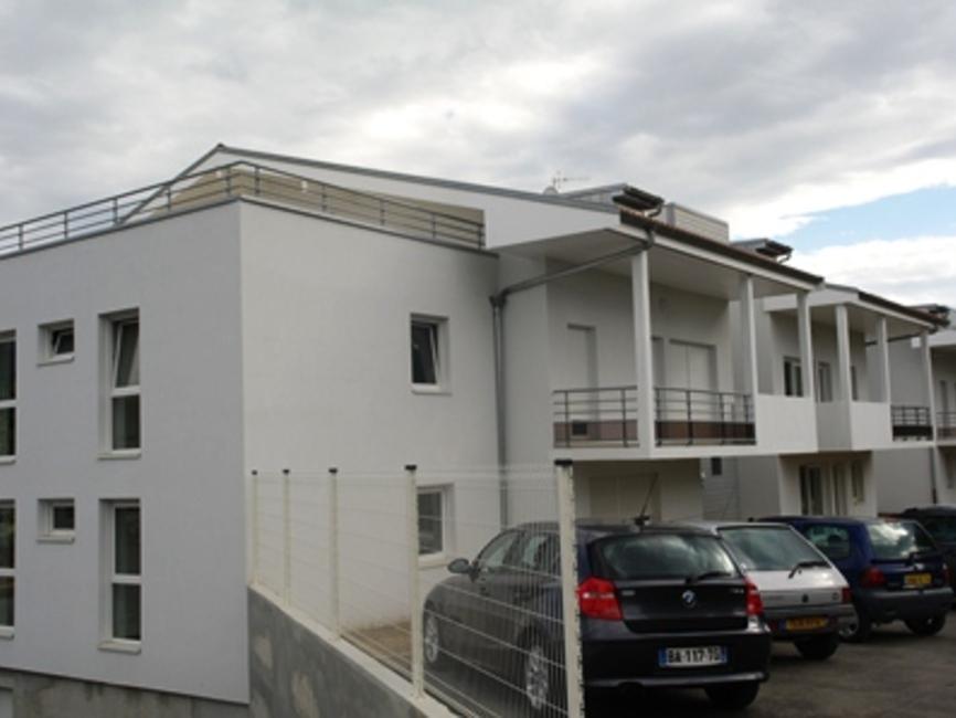 location appartement 2 pi ces thonon les bains 74200 438934. Black Bedroom Furniture Sets. Home Design Ideas