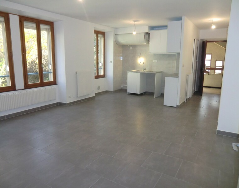 Location Appartement 3 pièces 64m² Goncelin (38570) - photo