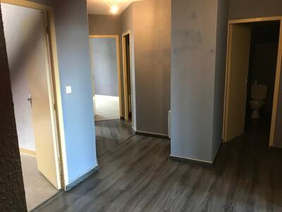 Location Appartement 4 pièces 84m² Saint-Étienne (42000)