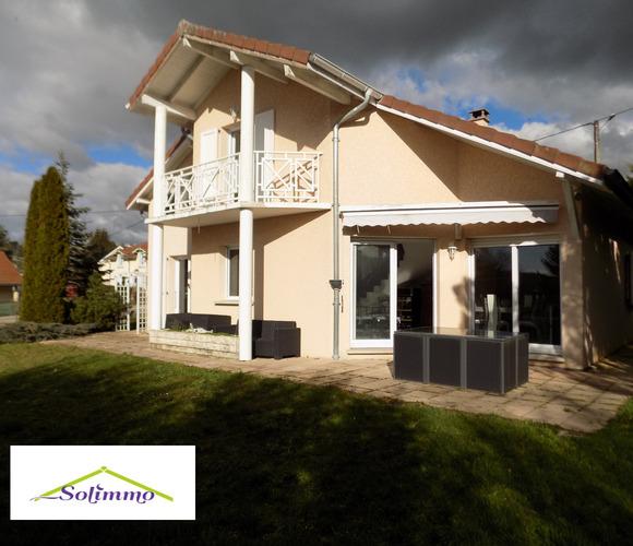 Vente Maison 4 pièces 156m² Voiron (38500) - photo