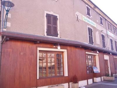 Vente Maison 15 pièces 440m² Saint-Dier-d'Auvergne (63520) - Photo 13
