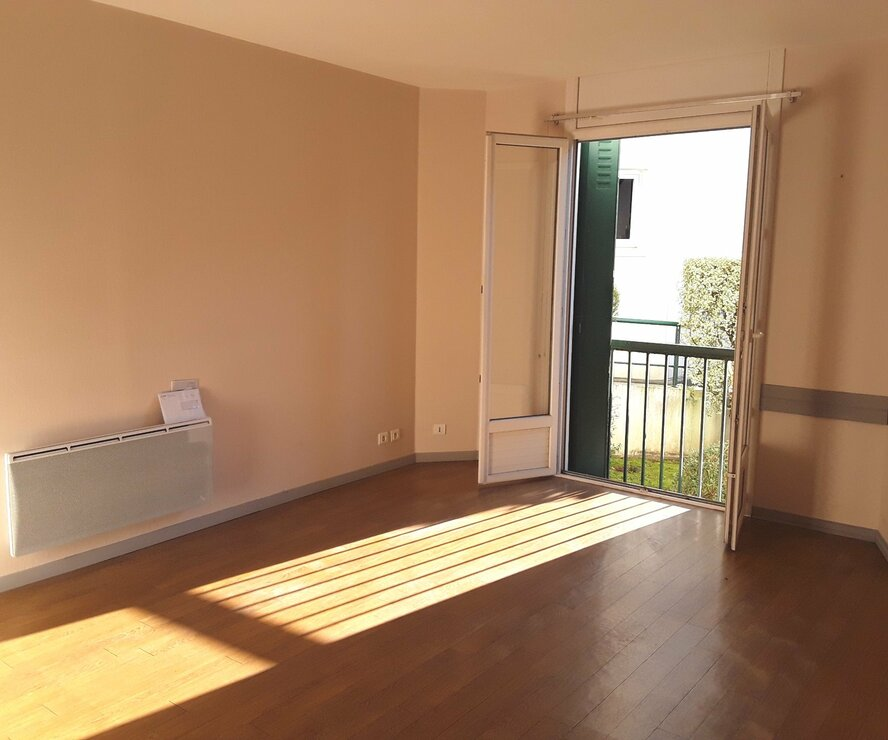 Location Appartement 2 pièces 63m² Cambo-les-Bains (64250) - photo