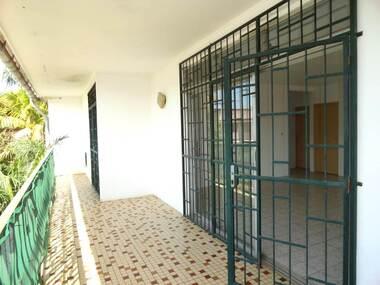 Location Maison 3 pièces 90m² Cayenne (97300) - photo