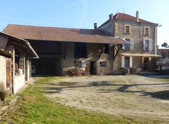 Vente Maison 6 pièces 190m² Beaurepaire (38270) - photo
