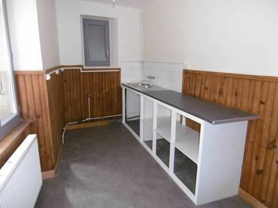 Location Maison 7 pièces 135m² Saint-Jean-des-Ollières (63520) - Photo 4