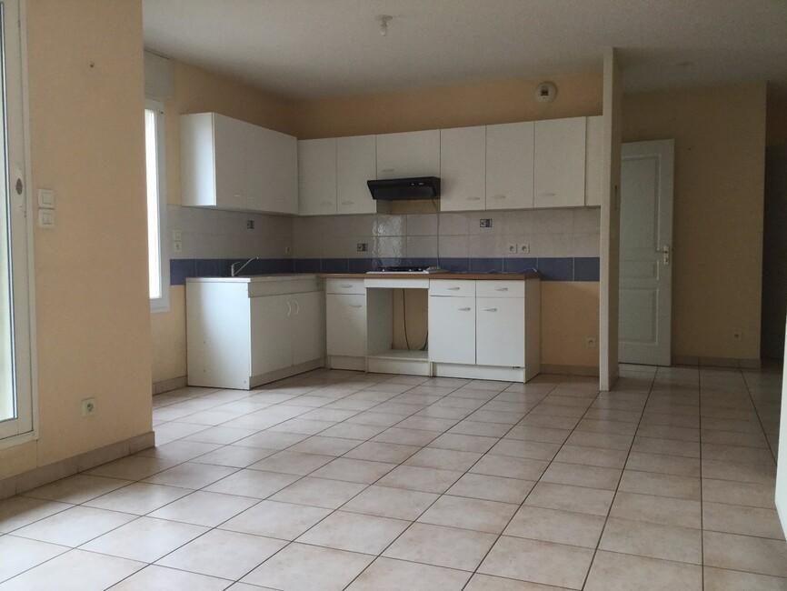 vente appartement 2 pi ces portes l s valence 26800 228333. Black Bedroom Furniture Sets. Home Design Ideas