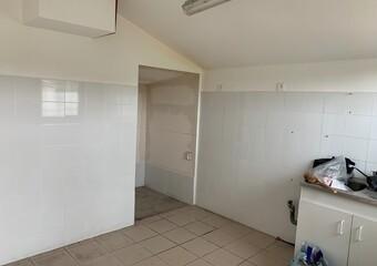 Vente Maison 2 pièces 27m² Bichancourt (02300) - photo 2