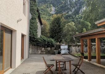 Vente Maison 6 pièces 330m² Vinay (38470) - Photo 1