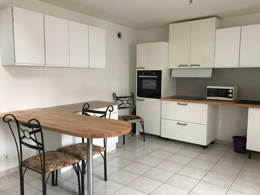 Location Maison 4 pièces 114m² Luxeuil-les-Bains (70300) - photo