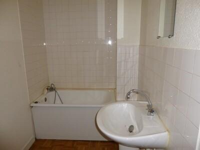 Location Appartement 3 pièces 44m² Saint-Étienne (42000) - Photo 7