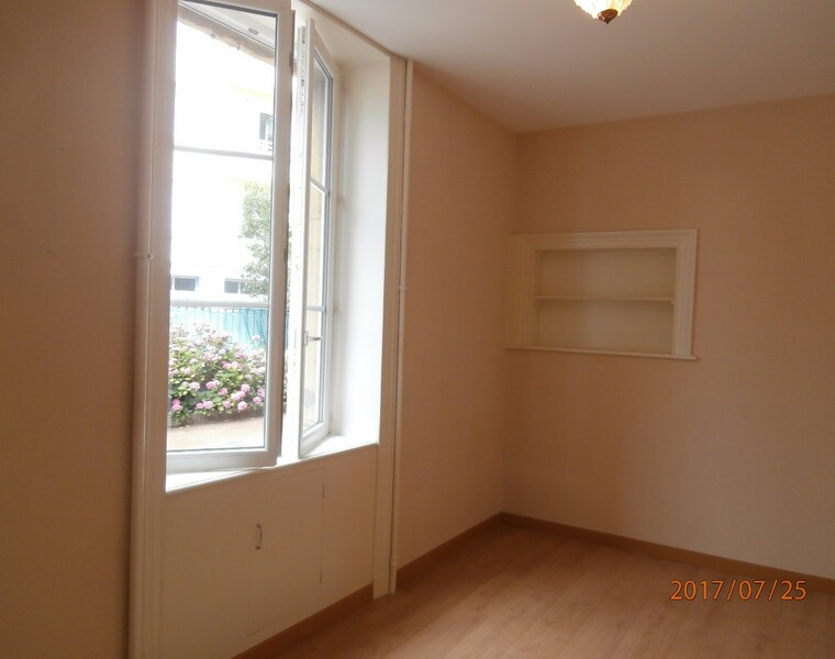 Location Appartement 2 pièces Bourg-de-Thizy (69240) - photo