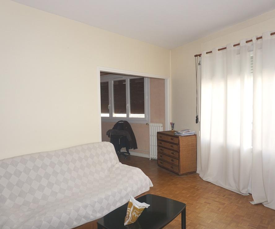 Renting Apartment 2 rooms 61m² Pau (64000) - photo