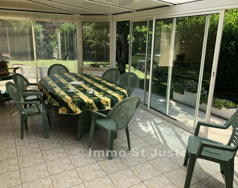 Sale House 5 rooms 125m² Luzinay (38200) - photo
