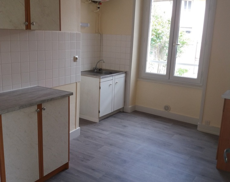 Location Appartement 35m² Charlieu (42190) - photo