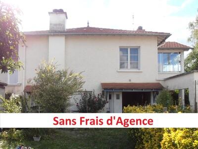 Location Maison 6 pièces 165m² Gelos (64110) - photo