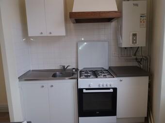 Location Appartement 52m² Charlieu (42190) - photo 2