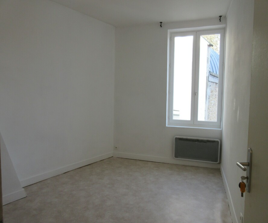 Location Appartement 1 pièce 22m² Saint-Aquilin-de-Pacy (27120) - photo
