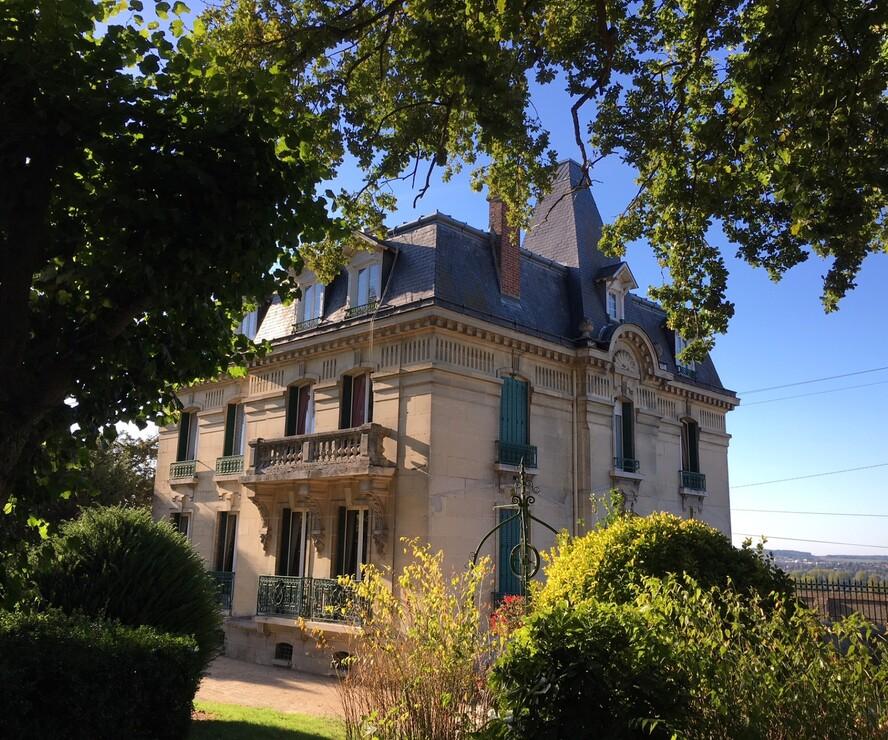 Vente Maison 15 pièces 400m² Chauny (02300) - photo