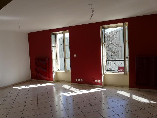 Location Maison 5 pièces Cours-la-Ville (69470) - photo