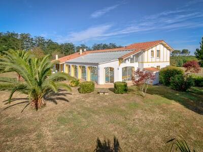 Vente Maison 8 pièces 270m² Saubion (40230) - photo