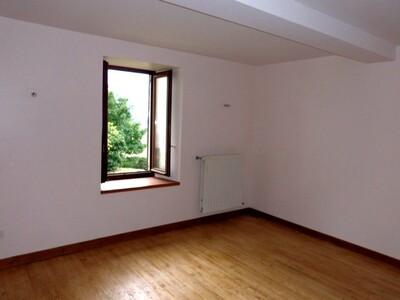 Location Maison 5 pièces 113m² Bellegarde-en-Forez (42210) - Photo 12