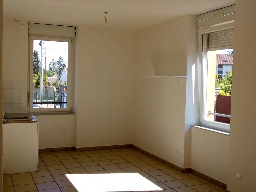 Location Appartement 3 pièces 54m² Les Abrets (38490) - photo
