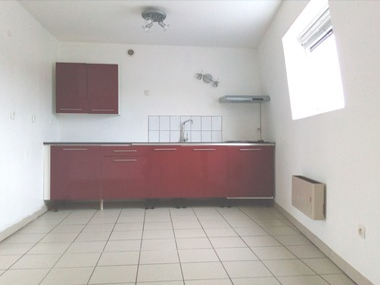 Location Appartement 60m² La Bassée (59480) - photo