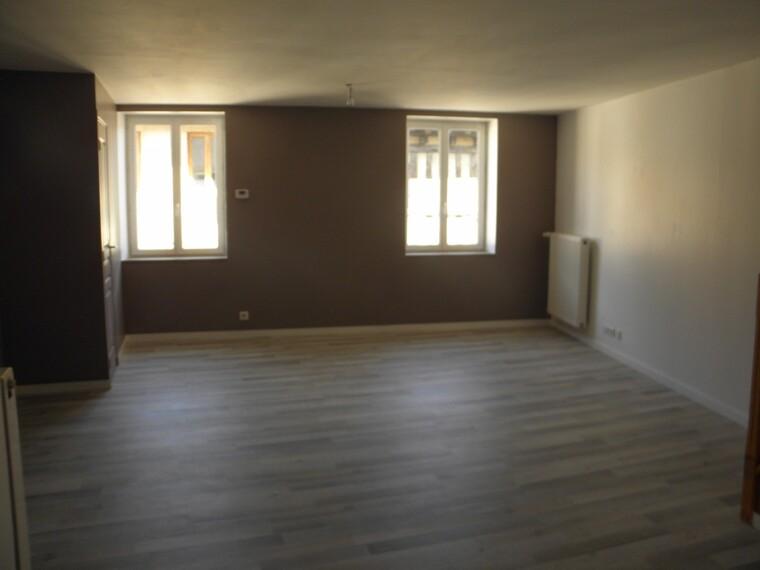 Location Appartement 99m² Charlieu (42190) - photo
